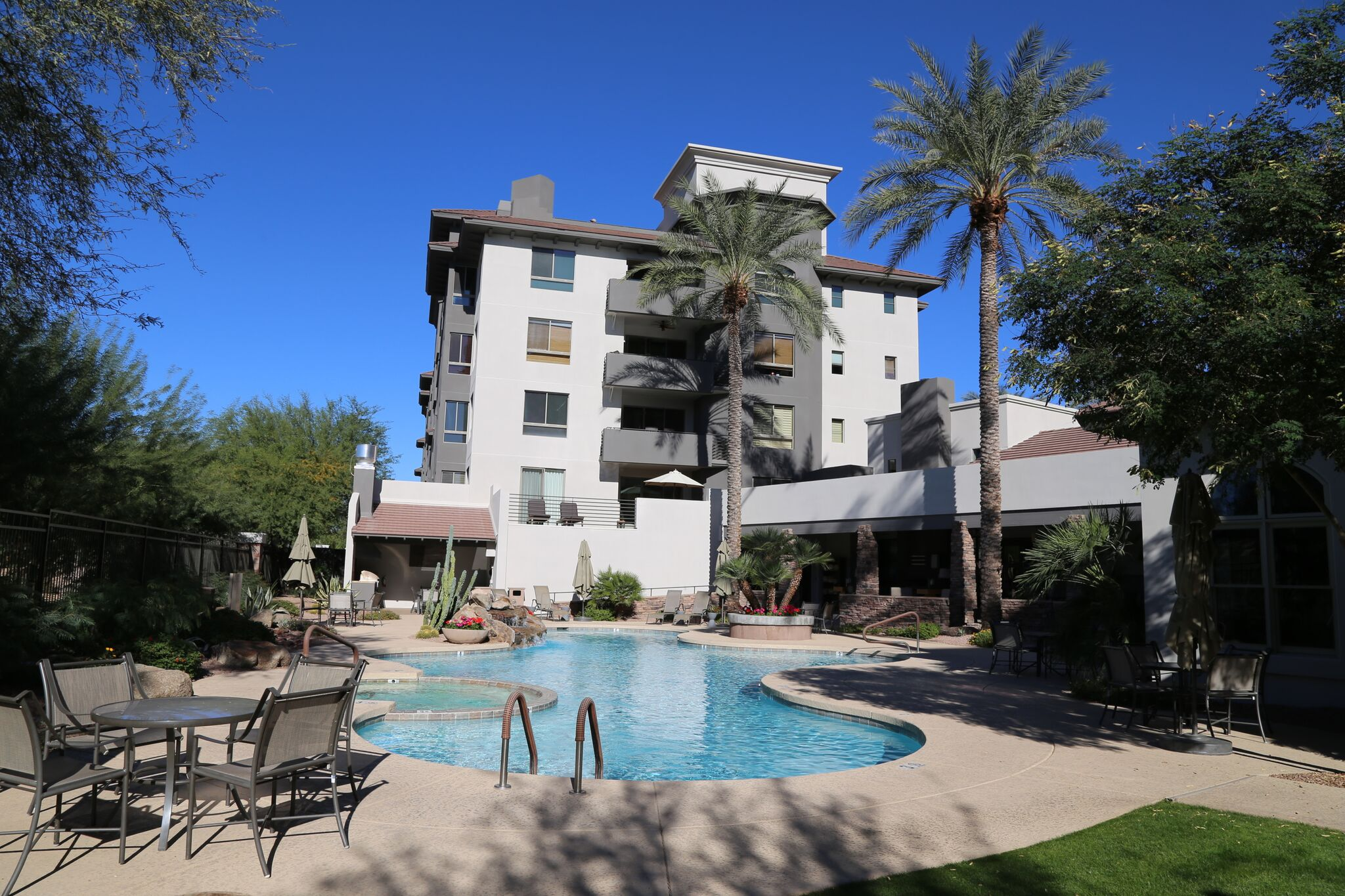 Scottsdale's Landmark Condominium pool and veranda.