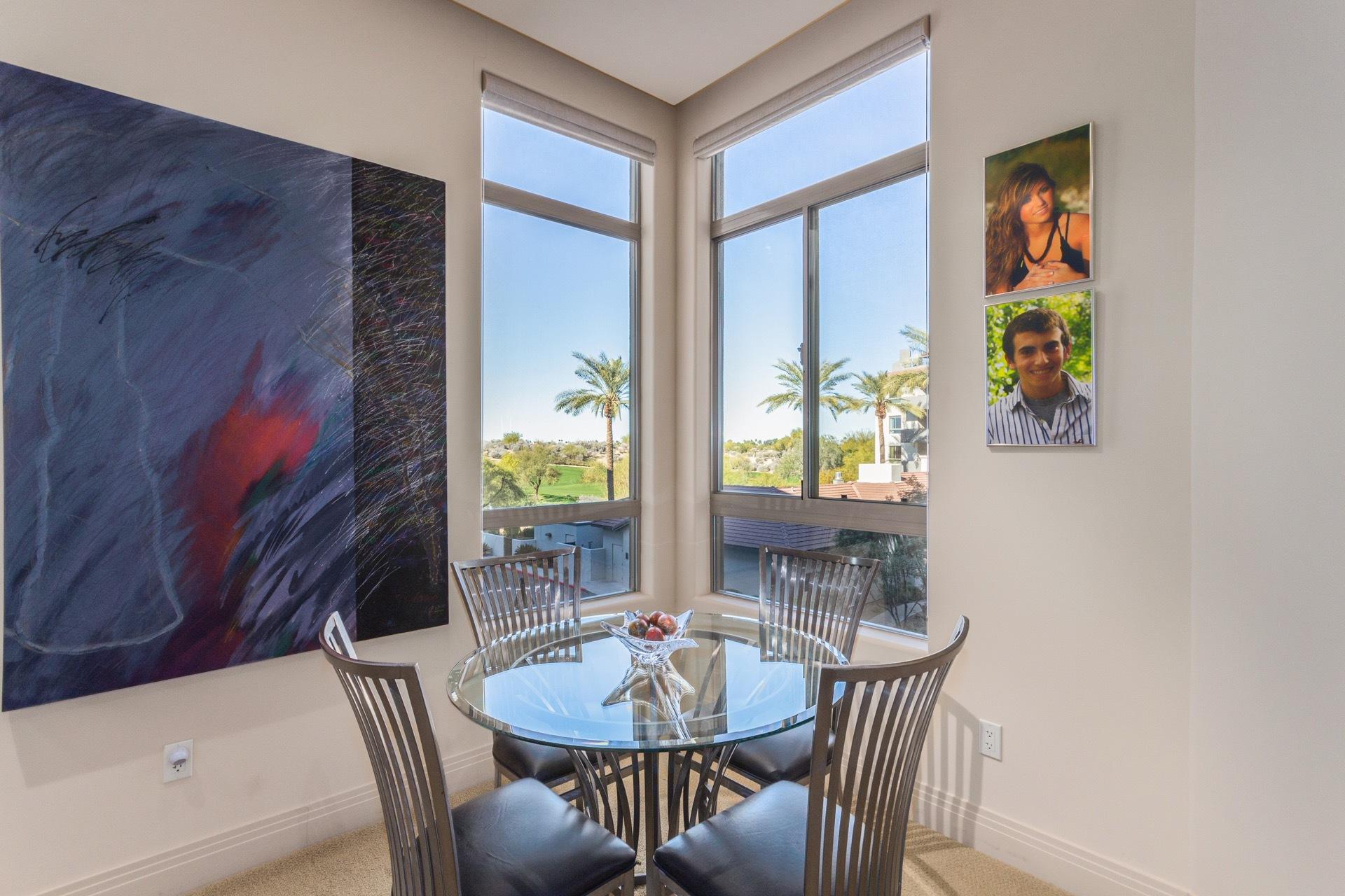 Landmark Condominium Unit #355 master sitting area